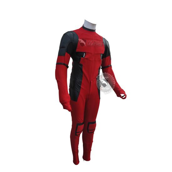 Deadpool 2 : Ryan Reynolds deadpool costume